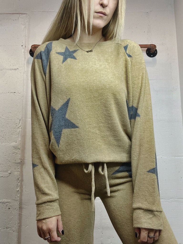 Counting Stars Pullover