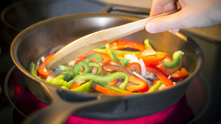 cast iron skillet stir fry