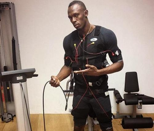sprinter Usain Bolt using electronic stimulator machine - Tone-A-Matic Electronic Muscle Stimulators in Canada