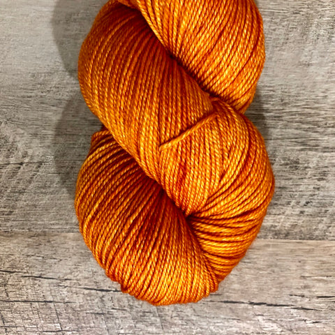 Monthly Colorway- Luscious Fingering November '18 Creamy Tomato Soup