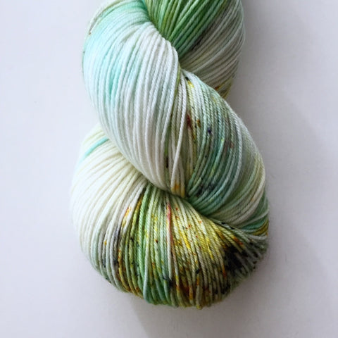 Monthly Colorway- Yummy Fingering June '17 Honeycomb Heaven