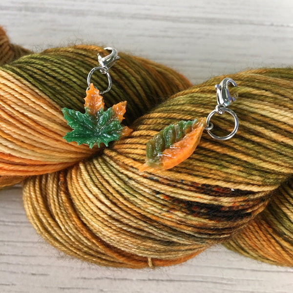 Monthly Stitch Marker- November '19 Falling Gummy Leaves