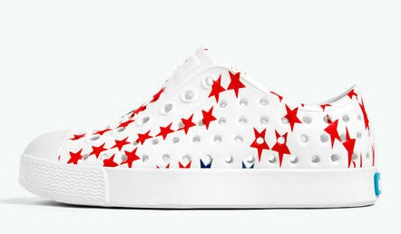 Native Jefferson Shell White Star Print Shoes Basically Bows & Bowties