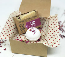 Rose - Valentines Day Gift for Her - Bath Bomb Set with Soap