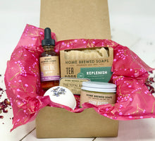 Valentines Day Gift for Women - Bath Gift Set - Replenish