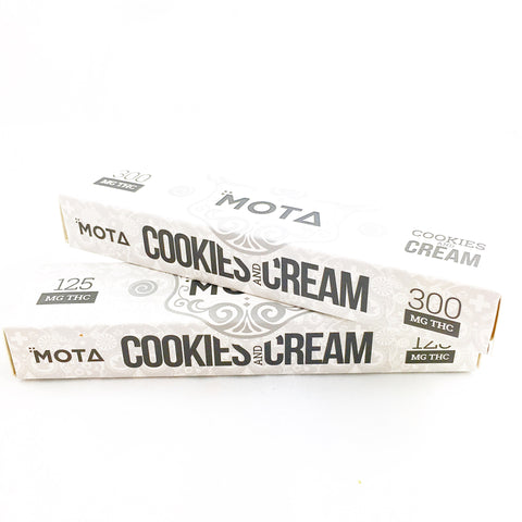 Chocolate Bar Cookies n' Cream by Mota
