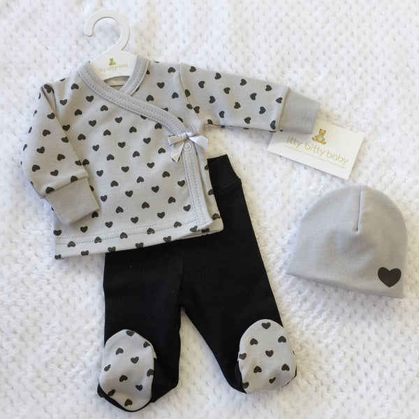 Dainty Heart Layette set long sleeve