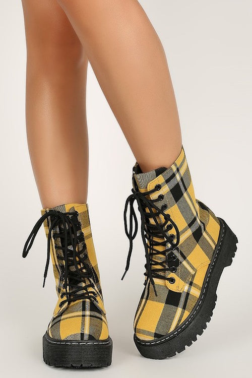 Short Plaid Boot