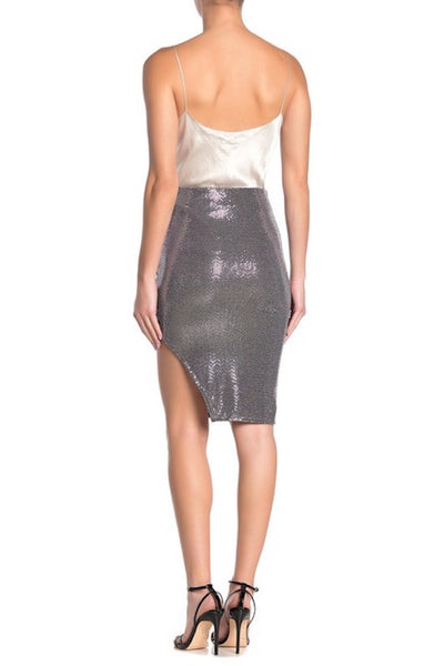 Shiny Skirt with Small Slit