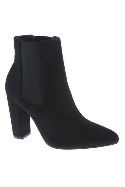 Pointed Toe Elastane Side Short Ankle Bootie