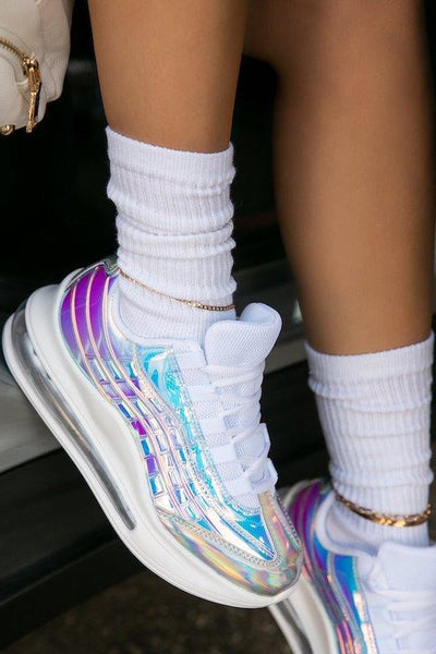 Low Top Iridescent Sneaker
