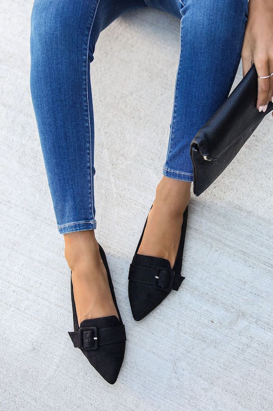 Pointed Flat with Buckle