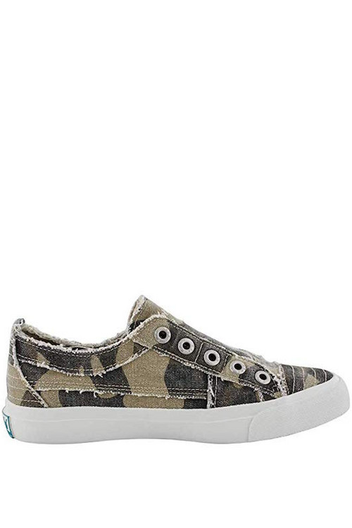 BLOWFISH No Lace Camo Sneaker