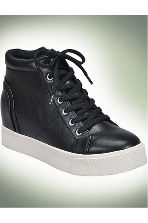 NOVA Lace Up Sneaker