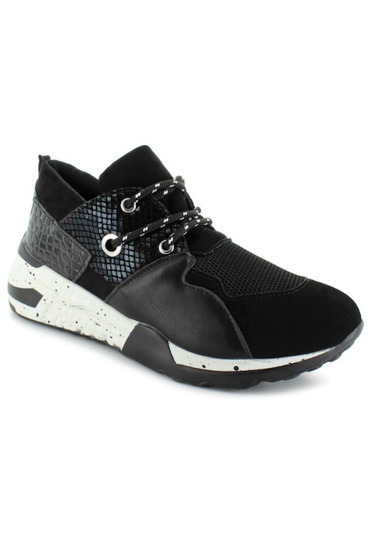 Strength Lace up Sneaker
