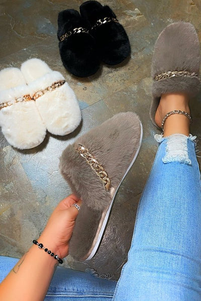 Fur Slipper with Chain