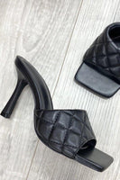Square Toe Quilted Heel