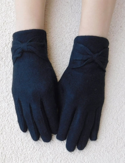 Mark Ashton Bow-Tie Gloves