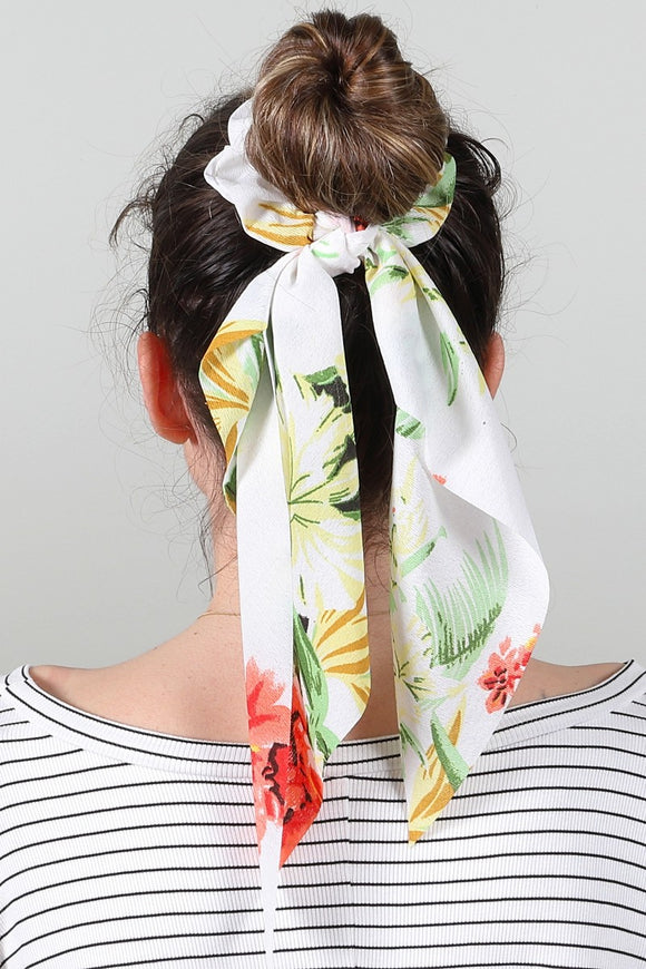 Tropical Floral Print Scrunchies