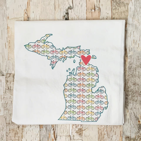 Michigan Shape with Bicycles Towel