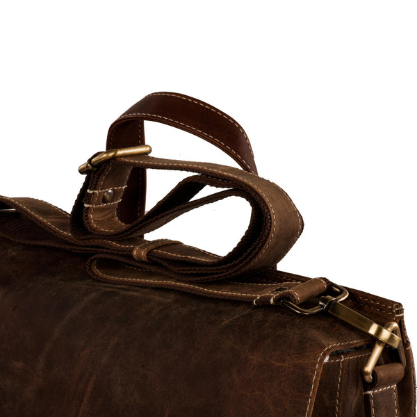 Bradley Genuine Leather Men Brown Oily Messenger Bag - WeMe