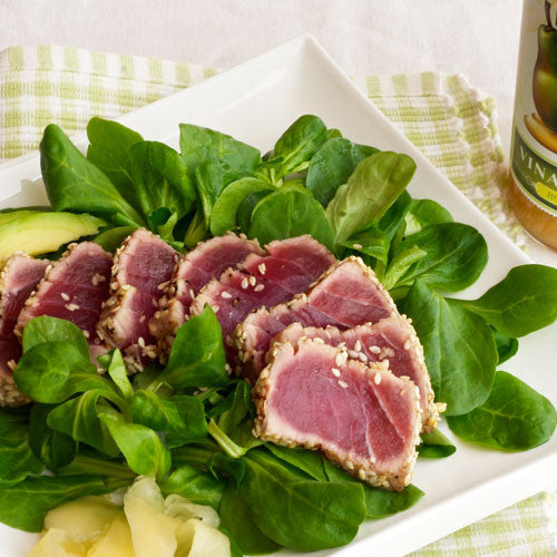 AHI TUNA MEDALLIONS ON MESCLUN SALAD (Honey Pear Vinaigrette)