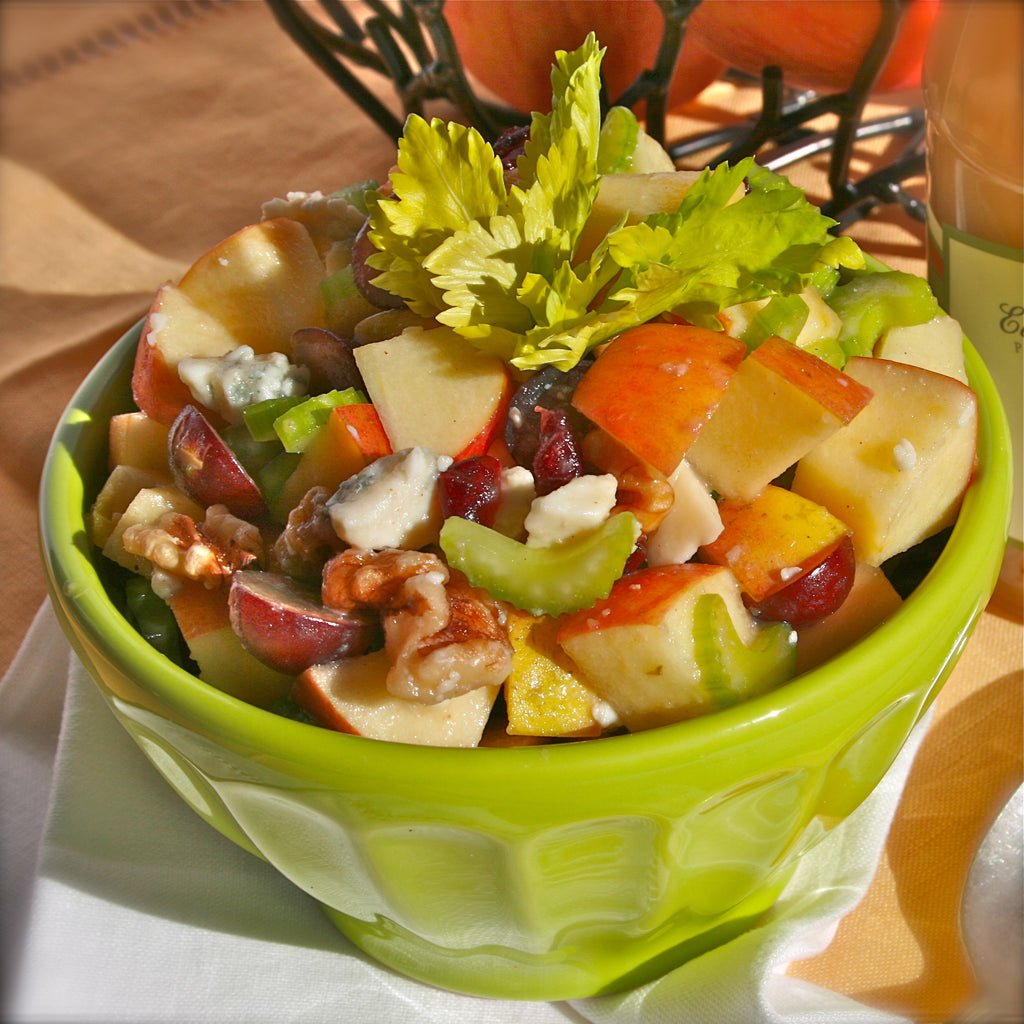 APPLE WALNUT SALAD (Honey Pear Vinaigrette)