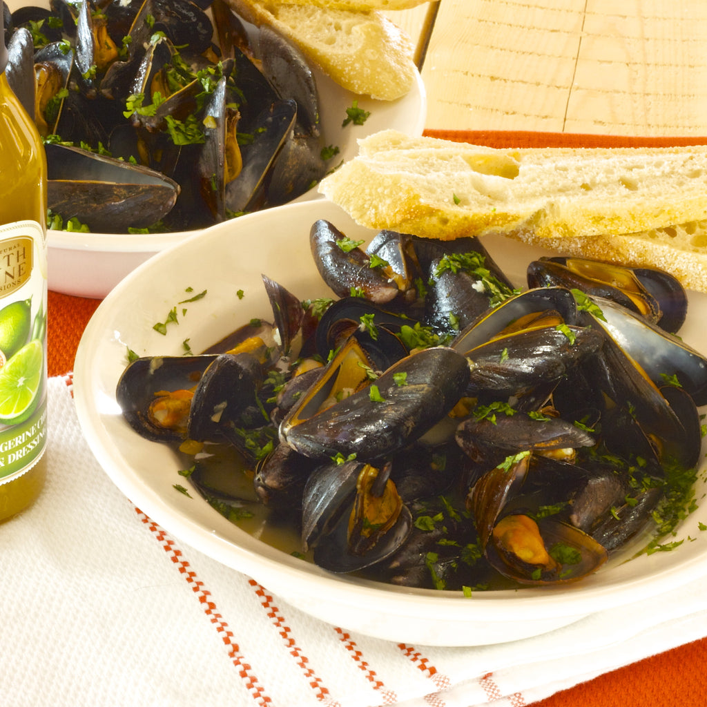 SPICY COCONUT KEY LIME STEAMED MUSSELS (Key lime Tangerine Chili Marinade & Dressing)