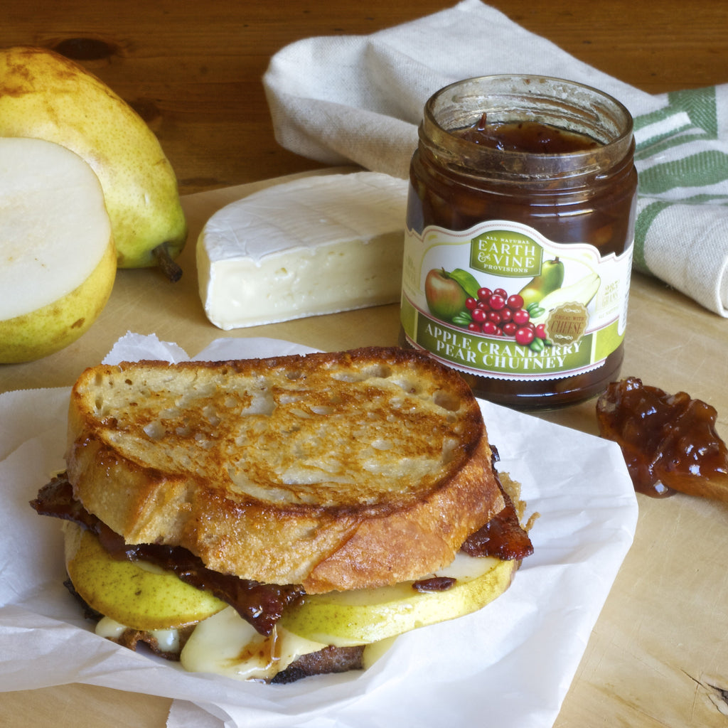 PEAR & BRIE GRILLED CHEESE SANDWICH (Apple Cranberry Pear Chutney)