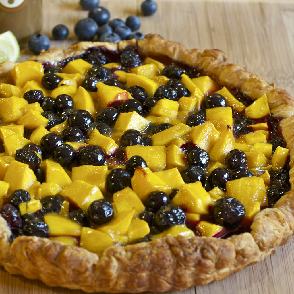 BLUEBERRY MANGO TART (Caribbean Banana Caramel Finishing Sauce)