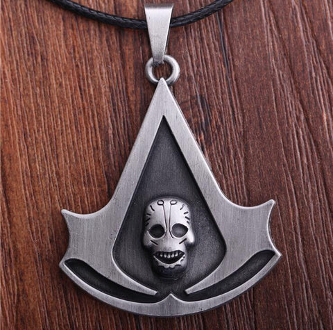 Assassin's Creed Brotherhood Game Necklace - Titan Design & Technology - 1