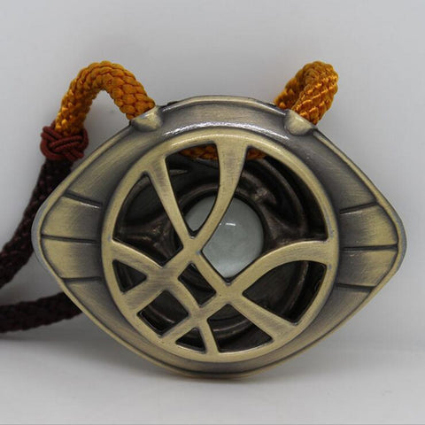 Doctor Strange Marvel Eye of Agamotto Glow in the Dark Necklace - Titan Design & Technology - 1