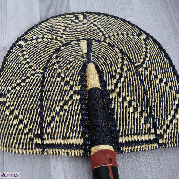 Straw Hand Fan, Bolga Fan - B010