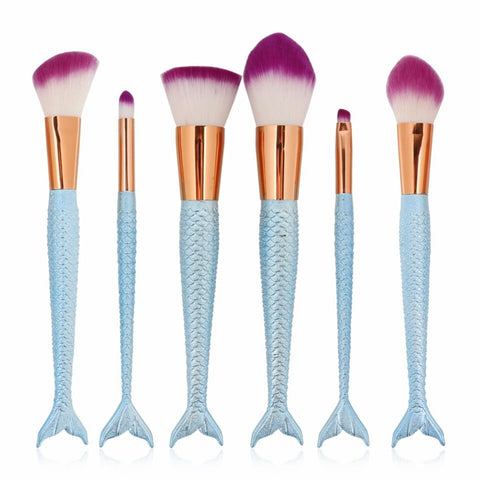 Baby blue mermaids tail brush set
