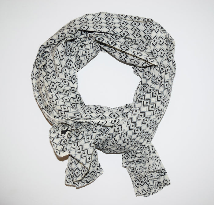 Cotton Voile Scarf | Diamond Sketch Ecru
