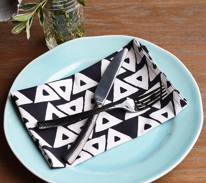 Set of 4 Napkins | Anushka Black & White