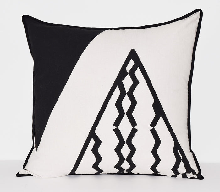 Cotton Throw Pillow | Triangles Black