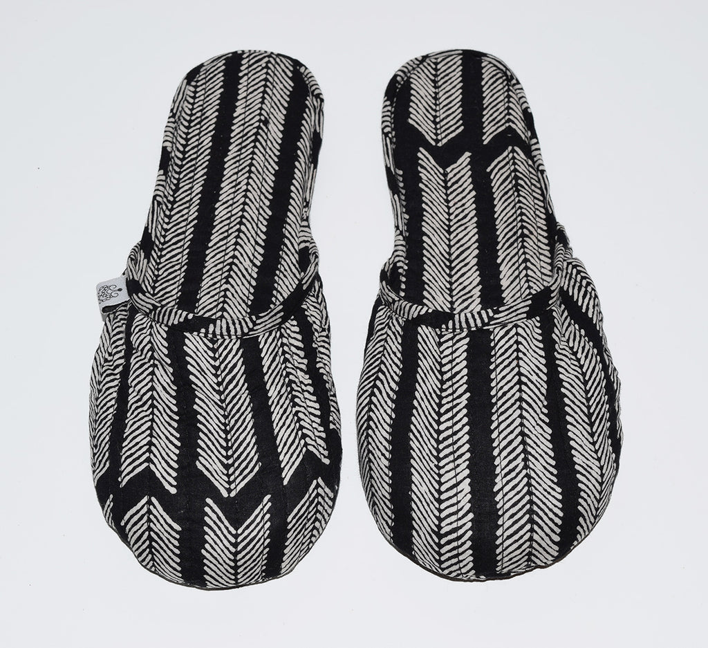 House Slippers | Aiko Black