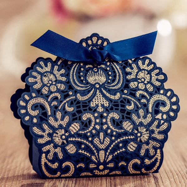 100 pcs Red/ White/ Gold/ Navy Blue Laser Cut Wedding Favor Boxes Candy Box Casamento Wedding Favors And Gifts