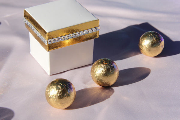 Gold & white Favor box