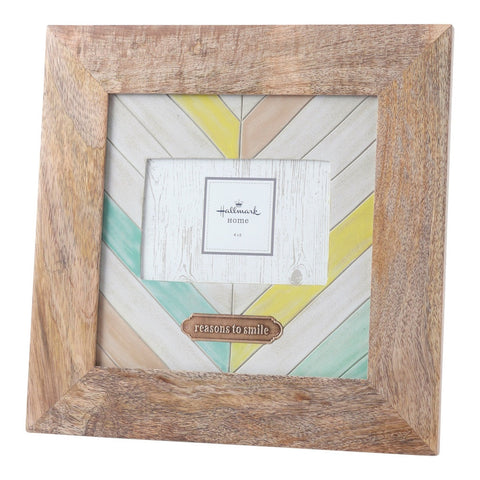 """Reasons to Smile"" Photo Frame (4x6)"