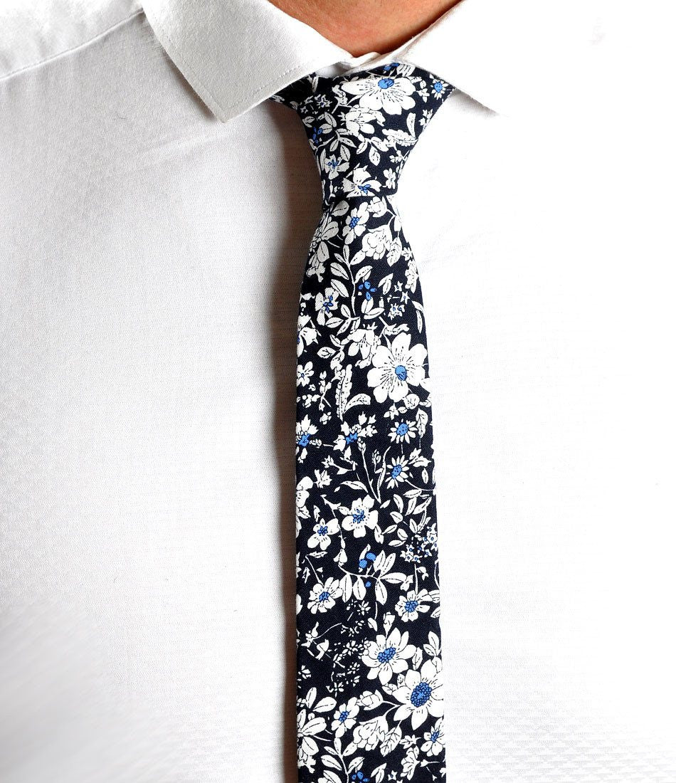 Black & White Floral Neck Tie - The Dapper Man