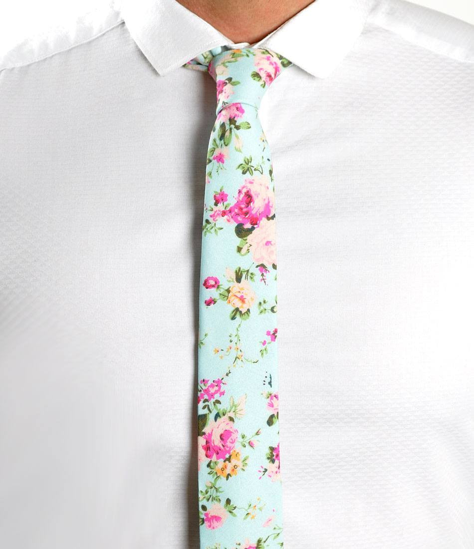 Vintage Blue Floral Neck Tie - The Dapper Man