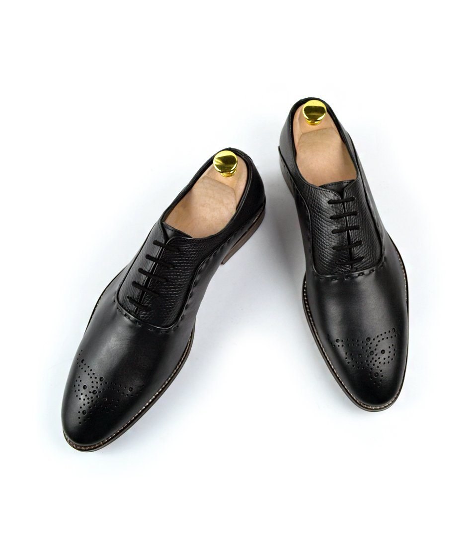 Medallion Toe Oxfords - Black - The Dapper Man
