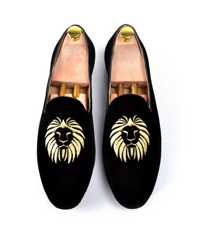 Black Albert Velvet Slippers with Lion Embroidery