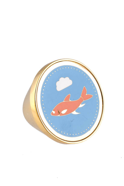Peech Gold Tone Blue Red Enamel Shark Medallion Ring Size 5.5