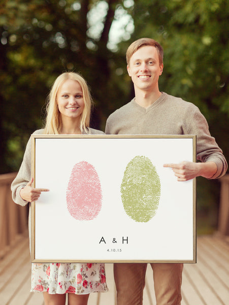 Save the date sign with couples fingerprints