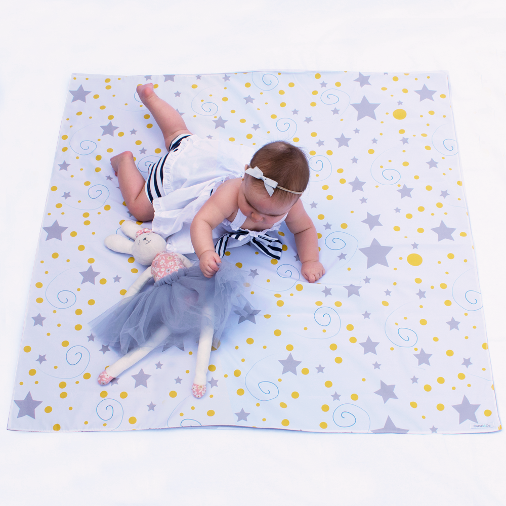 Star Swaddle Mat - Medium