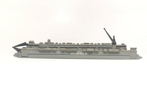 M 885 Floating Dry Dock missing crane (used)