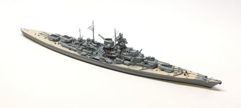 NE 1001S Tirpitz with painted decks